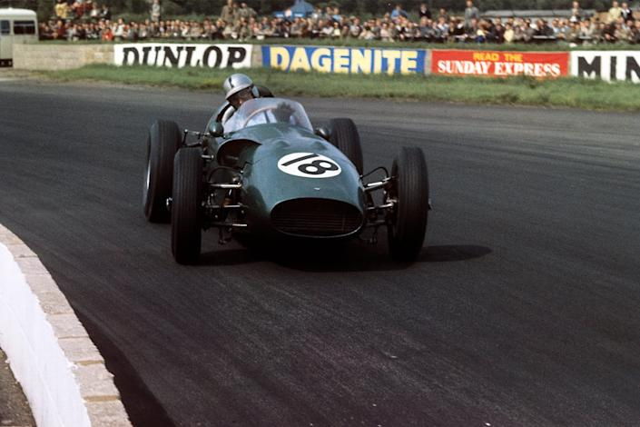 Roy Salvadori, Aston Martin DBR5, Grand Prix of Great Britain, Silverstone Circuit, 16 July 1960.