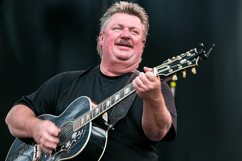 Country Legend Joe Diffie Dies of Coronavirus Complications at 61