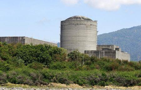 Philippines may open mothballed nuclear power plant