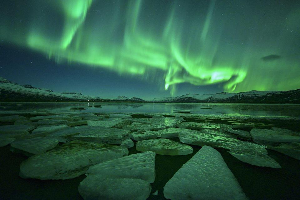 <p>This otherworldly glow is created by the Northern Lights. </p>