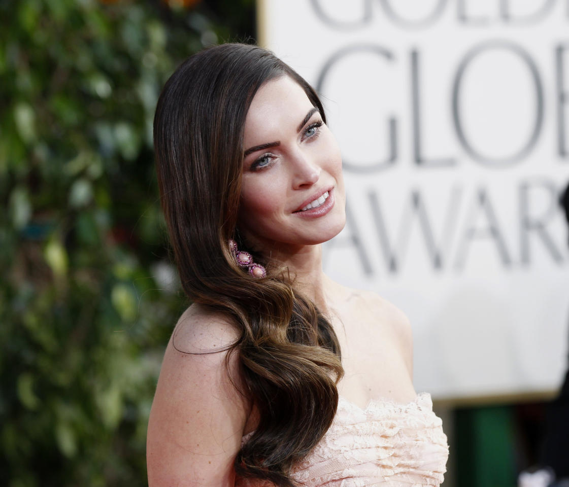 Actress Megan Fox arrives at the 70th annual Golden Globe Awards in Beverly Hills, California, January 13, 2013.  REUTERS/Mario Anzuoni (UNITED STATES  - Tags: ENTERTAINMENT) (GOLDENGLOBES-ARRIVALS)