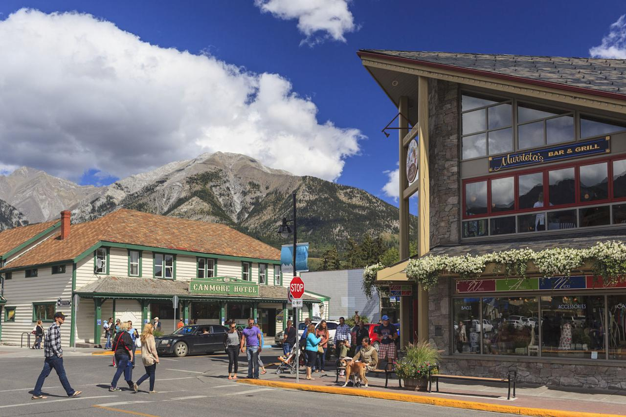 <p>Seventeen miles from Banff, this quieter Rocky Mountain town is a wildlife corridor where bears, cougars, wolves, and elk roam freely. The town center features shops, and restaurants housed in some of the region's oldest architecture.</p>