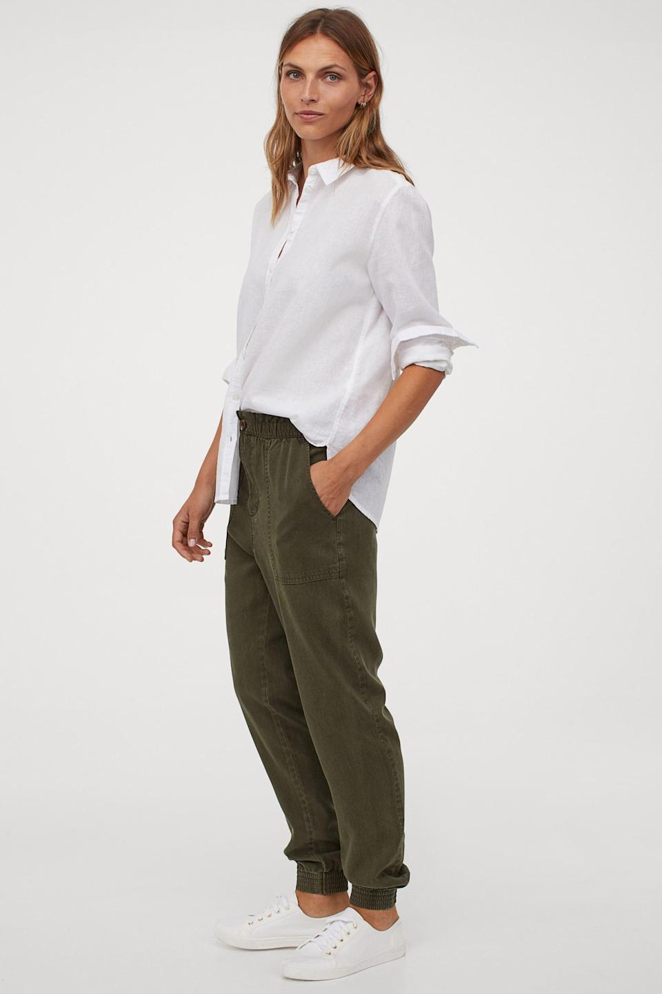 <p>Wear these <span>H&M Twill Joggers</span> ($35) with sneakers and a t-shirt.</p>