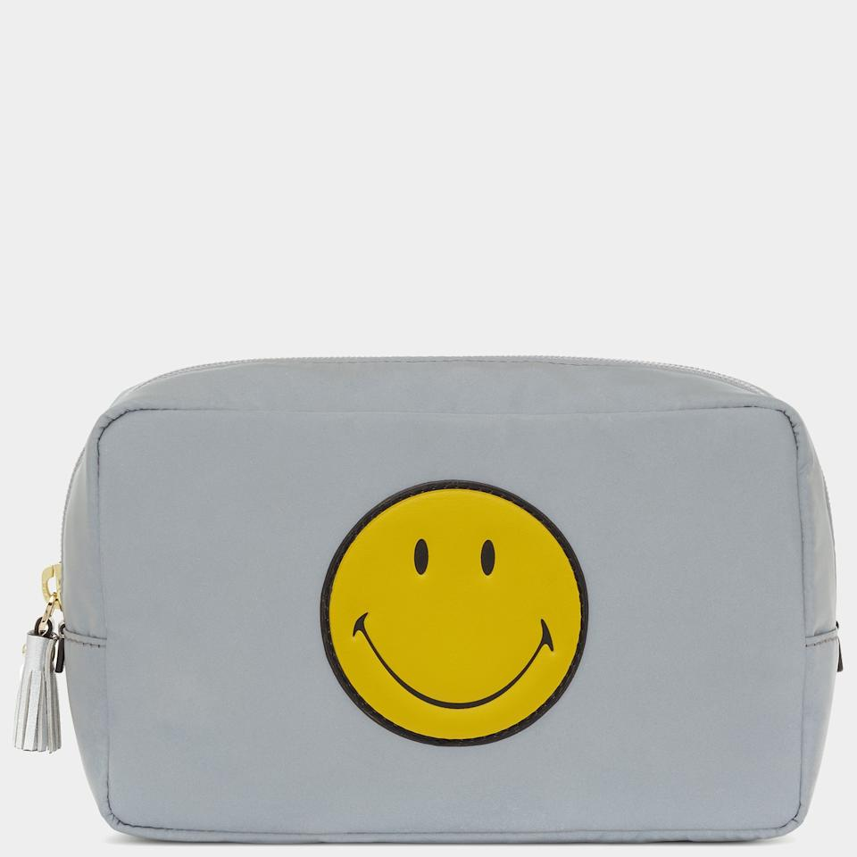 "<p></p><p><a rel=""nofollow"" href=""http://www.anyahindmarch.com/en-GB/smiley-make-up-pouch-5050925902809.html#q=smiley+pouch&start=3"">Anya Hindmarch, £225</a> </p><p></p>"