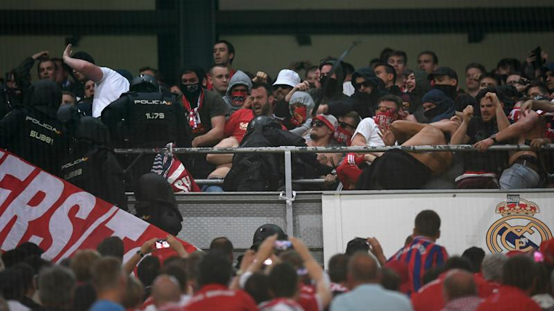 Bayern fans in ugly clashes with Bernabeu police during Madrid Champions League tie