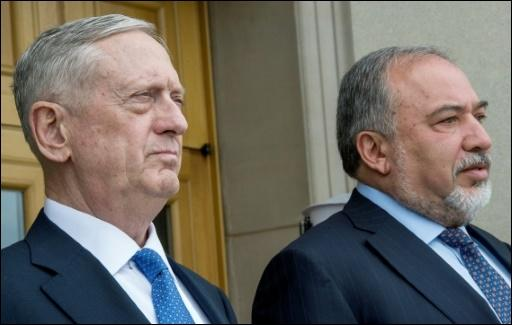 Lieberman (r.) und sein US-Kollege Mattis in Washington