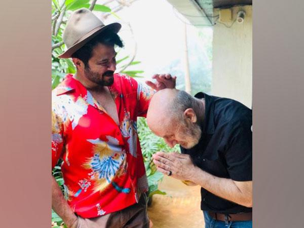 Anil Kapoor and Anupam Kher (Image courtesy: Instagram)