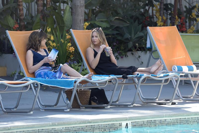 The central will-they-or-won't-they question in Netflix's Dead to Me is whether or not Linda Cardellini and Christina Applegate will stay friends.