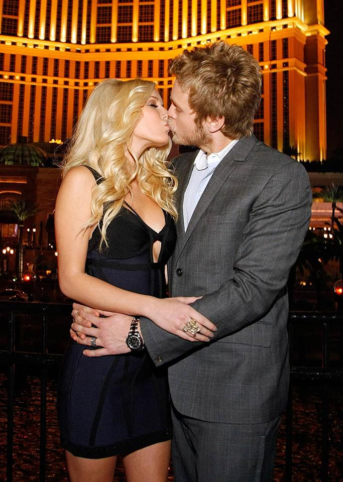 """Spencer Pratt planted one on Heidi Montag in front of the iconic Bellagio Hotel in Las Vegas. Will the reality couple wed for real in 2009? Wendell Teodoro/<a href=""""http://www.wireimage.com"""" target=""""new"""">WireImage.com</a> - December 31, 2008"""