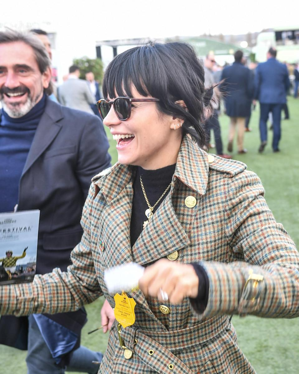Lilly Allen is pictured smiling at a horse racing festival in 2020
