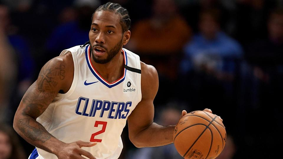 MINNEAPOLIS, MINNESOTA - FEBRUARY 08: Kawhi Leonard #2 of the Los Angeles Clippers dribbles the ball against the Minnesota Timberwolves during the game at Target Center on February 8, 2020 in Minneapolis, Minnesota.