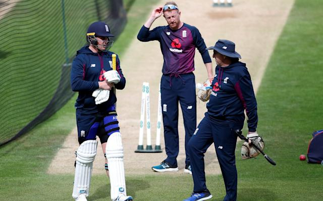 Chris Silverwood keeps the faith with Paul Collingwood, who is pictured here with Jason Roy and Trevor Bayliss - Action Images via Reuters