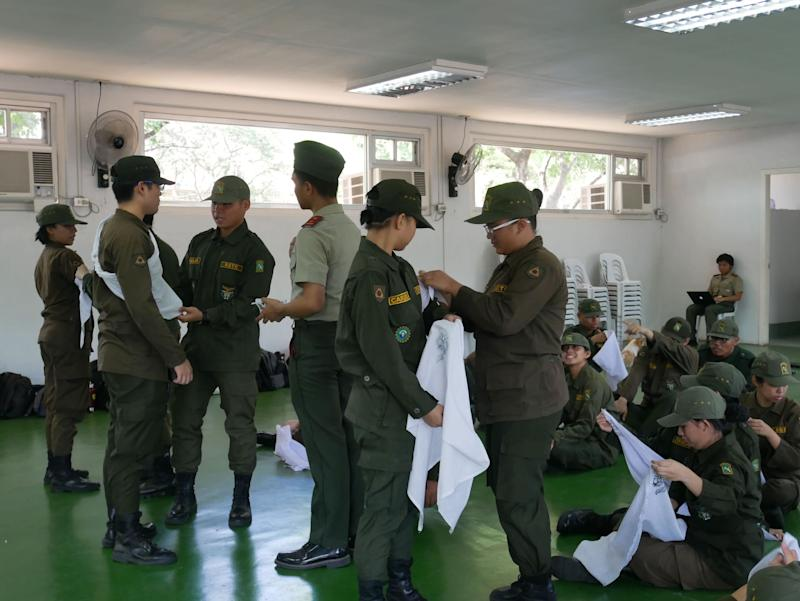 Students are taught first aid in an ROTC class at the University of the Philippines Diliman. Photo: Rachel Malaguit