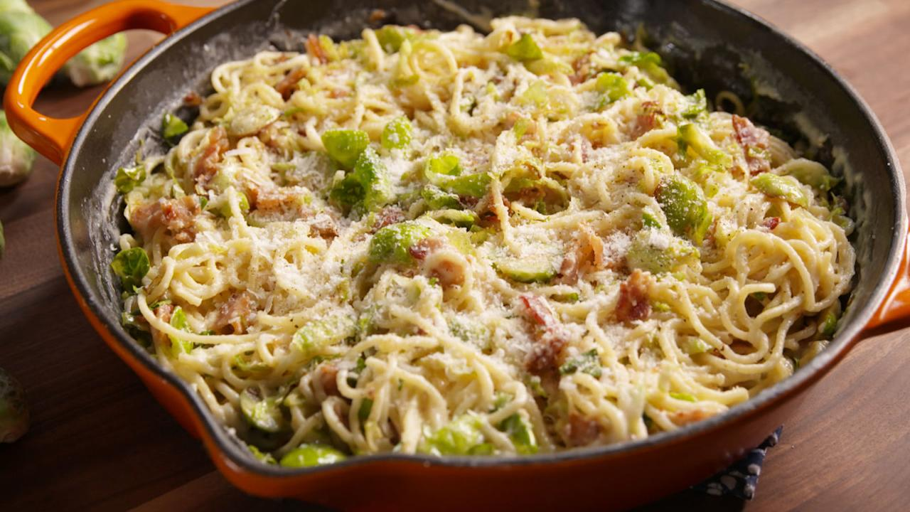 """<p>Proof that bacon and brussels belong together.</p><p>Get the recipe from <a rel=""""nofollow"""" href=""""http://www.delish.com/cooking/recipe-ideas/recipes/a49784/bacon-brussels-sprouts-spaghetti-recipe/"""">Delish</a>.</p>"""