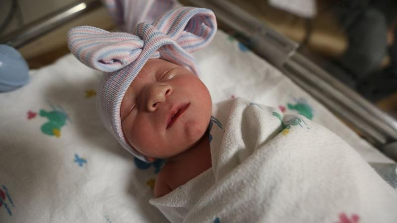 First Baby Girl Born in Florida Hospital Returns 29 Years Later to Give Birth (ABC News)