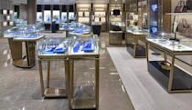 <p>Team USA doesn't even have to leave the cruise ship to do some shopping. (silversea.com) </p>