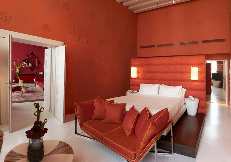 Centurion Palace's brash colour schemes are a diversion from the Venice norm (Sina Hotels)