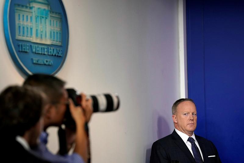What Is Sean Spicer Doing? 'Useless' Press Secretary Not Giving On-Camera Media Briefings