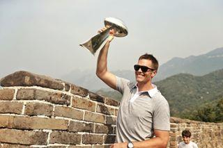 """The National Football League and China's <a rel=""""nofollow"""" href=""""http://deadline.com/tag/tencent-holdings/"""">Tencent Holdings</a> have entered a three-year pact to make <a rel=""""nofollow"""" href=""""http://deadline.com/tag/tencent-sports/"""">Tencent Sports</a> the exclusive digital streaming media partner of the <a rel=""""nofollow"""" href=""""http://deadline.com/tag/nfl/"""">NFL</a> in the Middle Kingdom. The deal gives the Chinese giant rights to air pre- and regular-season games as well the playoffs, the Pro Bowl and the Super Bowl from this year through the 2019 season. While basketball and soccer are high-profile sports in China, American football has traditionally found less…"""