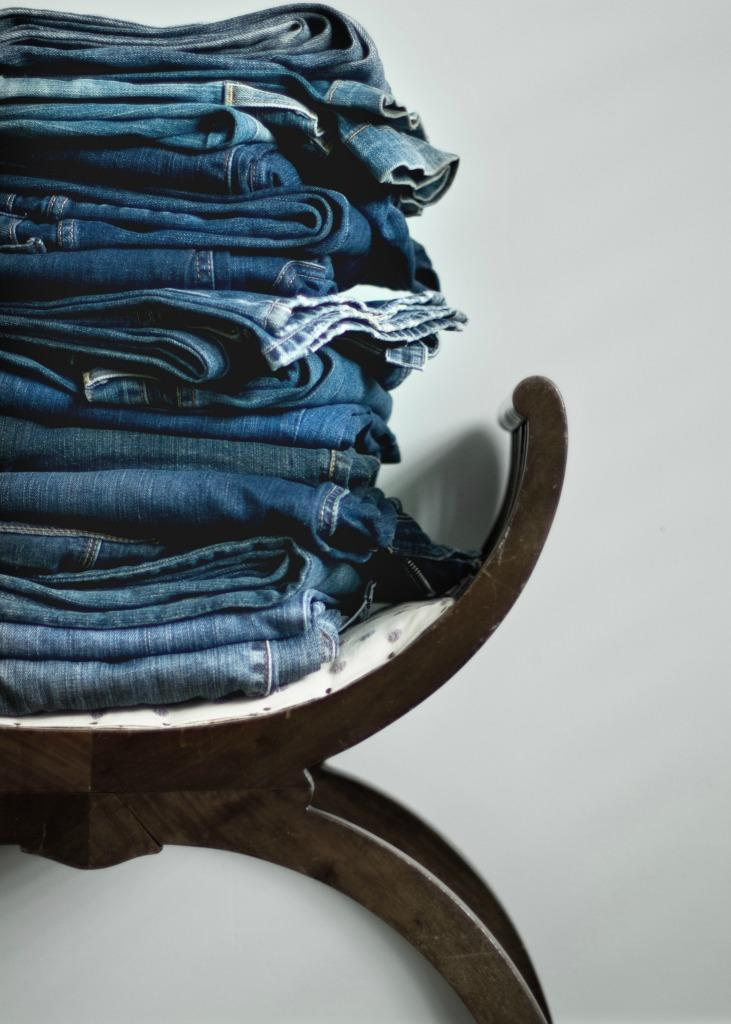 A new survey says there's an age at which you should ditch your jeans forever. (Photo: Getty)