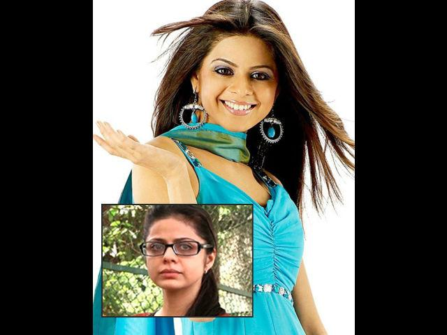 <b>Rucha Gujrati </b><br> TV actress Rucha Gujrati who made her debut with Ekta Kapoor's show-Kkusum is another victim on the list. She was married to businessman Mitul Sanghavi and reportedely her marriage hit the rock bottom due to the physical and mental abuse at the hands of her husband and in-laws. According to the reports published in TOI, sources said that Rucha was tortured and badly beaten on many occasions by her husband and in-laws. The torture was to an extent that she was even deprived of meals and asked to foot the bills for her expenses.