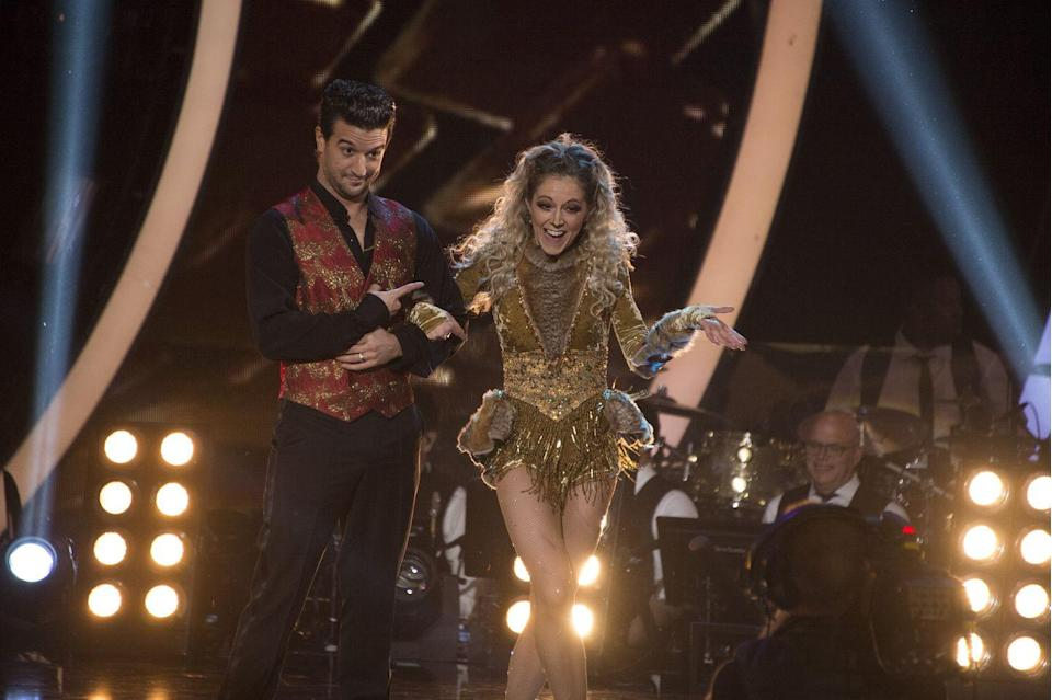 "<p>The violinist suffered a rib injury during season 25 rehearsals and went to the hospital. She danced through the pain, earning solid scores on a tough paso doblé the next day, per <em><a href=""https://people.com/tv/dancing-with-stars-mark-ballas-talks-lindsey-stirling-rib-injury/"" rel=""nofollow noopener"" target=""_blank"" data-ylk=""slk:People"" class=""link rapid-noclick-resp"">People</a></em>.</p><p>""She's doing better,"" her pro partner Mark Ballas told reporters. ""She wanted to be here tonight [to talk to press], but I told her she needed to go rest and put ice on her ribs … Her health comes first."" After resting up, Lindsey and Mark went on to place second. </p>"