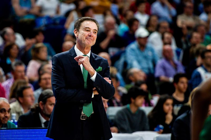 Pitino spurns Greek team, focused on National Basketball Association  job