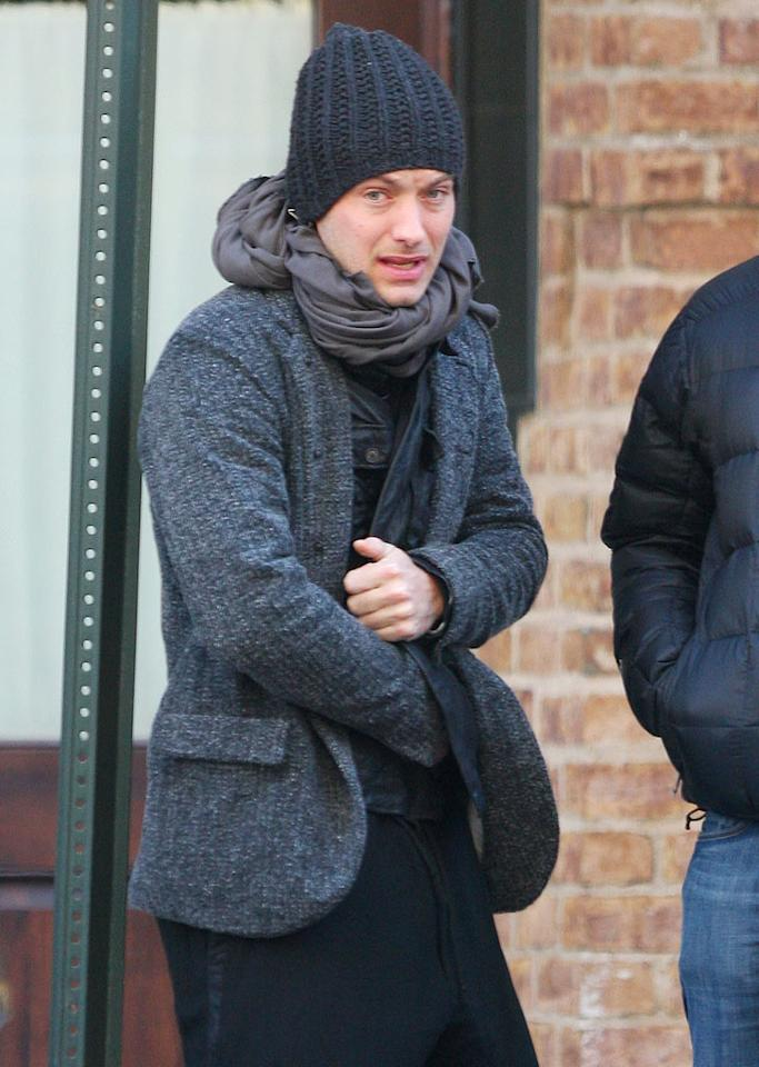 """Sherlock Holmes"" hottie Jude Law is just one star whose cold-weather wardrobe includes some stylish headgear. Tom Meinelt-Jackson Lee/<a href=""http://www.splashnewsonline.com"" target=""new"">Splash News</a> - February 5, 2009"