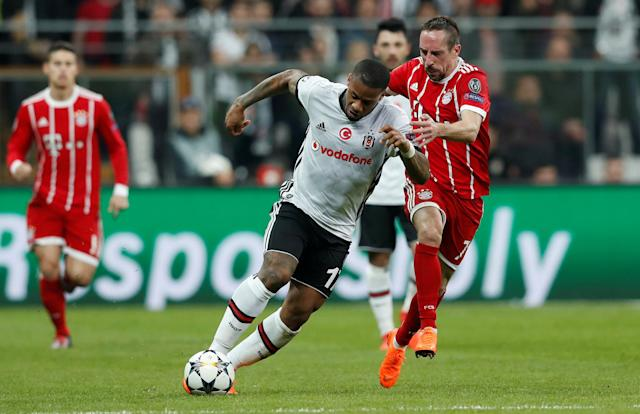 Soccer Football - Champions League Round of 16 Second Leg - Besiktas vs Bayern Munich - Vodafone Arena, Istanbul, Turkey - March 14, 2018 Besiktas' Jeremain Lens in action with Bayern Munich's Franck Ribery REUTERS/Murad Sezer