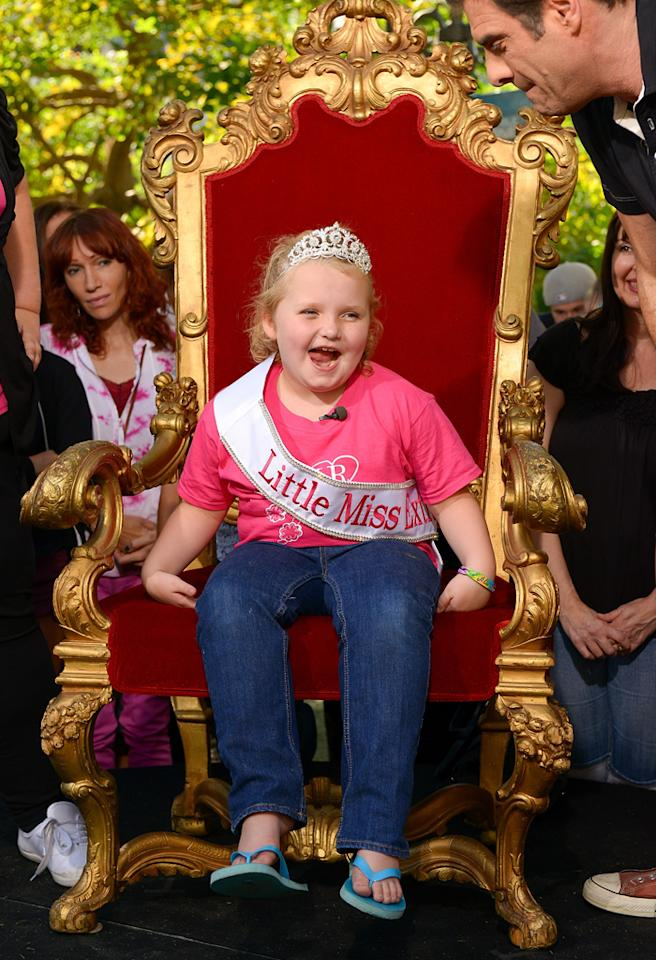 "LOS ANGELES, CA - OCTOBER 15:  Alana 'Honey Boo Boo' Thompson visits ""Extra"" at The Grove on October 15, 2012 in Los Angeles, California.  (Photo by Noel Vasquez/Getty Images for Extra)"