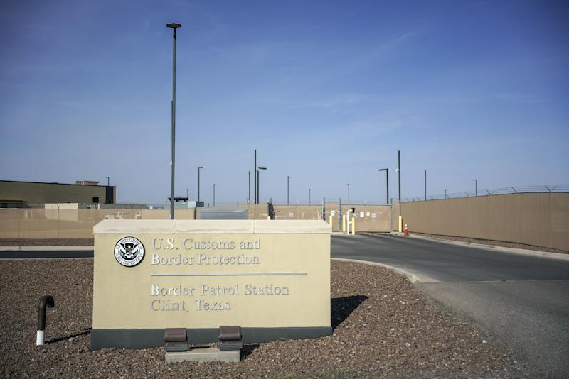 U.S. Won't Provide Flu Vaccines to Migrants in Border Detention Centers