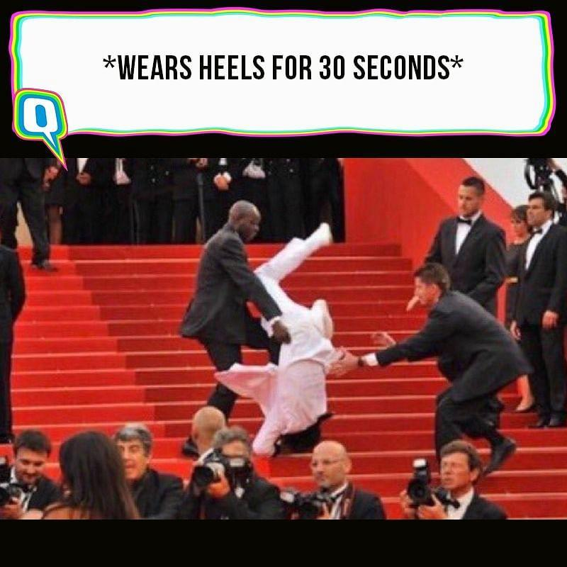 """<div class=""""paragraphs""""><p>Jason Derulo falling off the stairs at the Met Gala 2021.</p></div>"""
