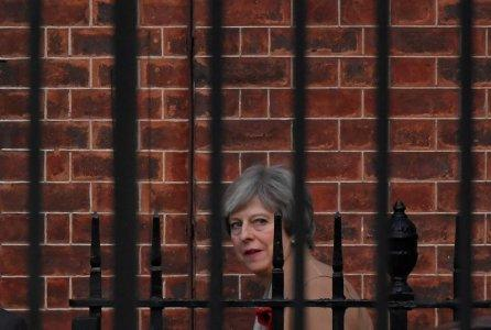 Britain's Prime Minister Theresa May leaves 10 Downing Street in London, Britain November 9, 2017. REUTERS/Toby Melville
