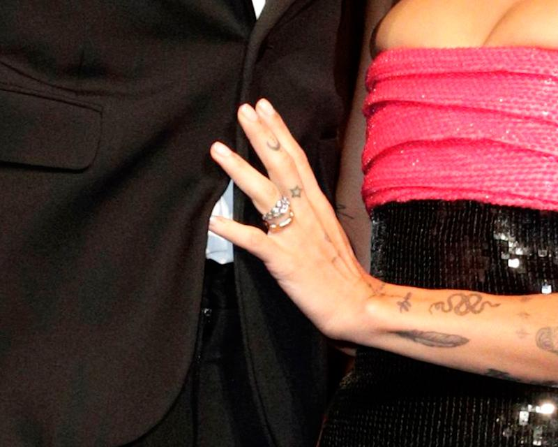 zoe kravitz engagement ring