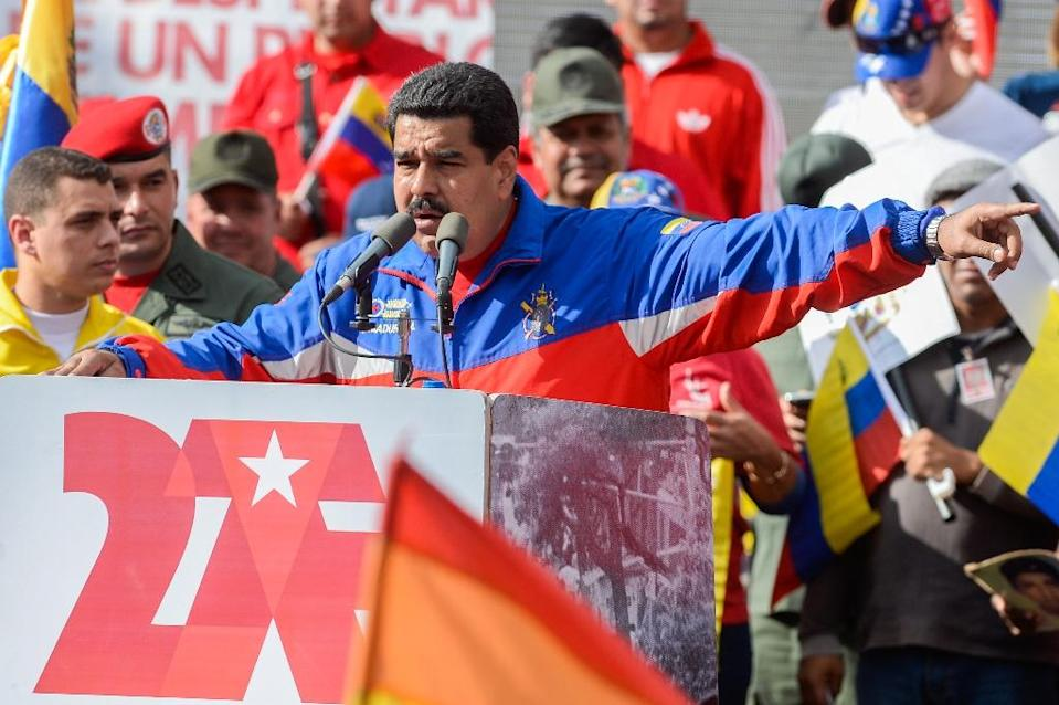 Venezuelan President Nicolas Maduro delivers a speech during a ceremony in Caracas on February 28, 2015 (AFP Photo/Federico Parra)