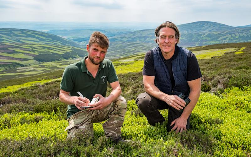 Gamekeeper Will Curr with Dr Daniel Hoffman on Glenogil estate - STUART NICOL PHOTOGRAPHY