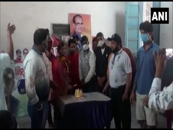 BJP worker Madhuri Jaiswal celebrating her birthday with co-workers in Indore's government school (ANI).