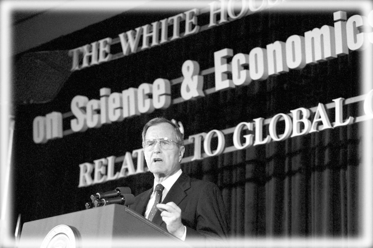 President George H.W. Bush addresses a conference on climate change, April 18, 1990. (Photo: Barry Thumma/AP; digitally enhanced by Yahoo News)