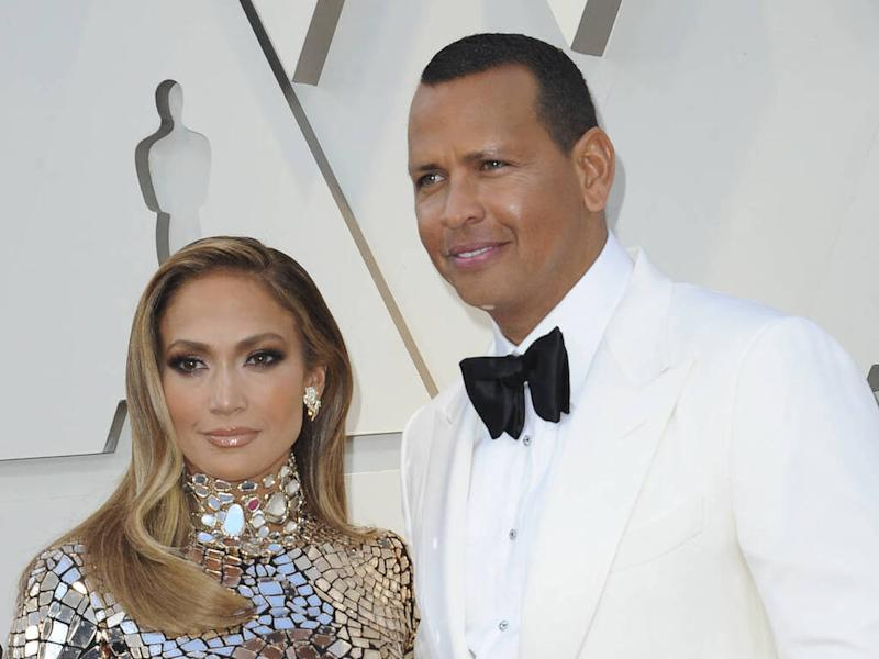 Jennifer Lopez and Alex Rodriguez make final pitch for New York Mets