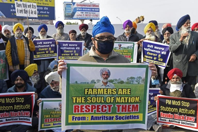 Protesters fear that with the minimum price taken away, farmers will be squeezed dry by large corporations