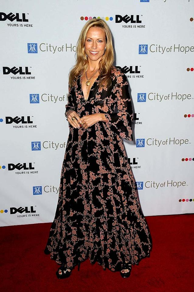 "Sheryl Crow's patterned frock was the night's biggest fashion faux pas. Jordan Strauss/<a href=""http://www.wireimage.com"" target=""new"">WireImage.com</a> - October 15, 2008"