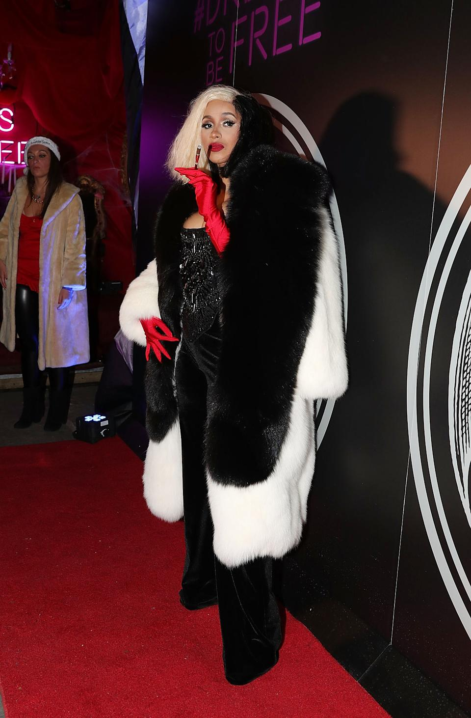 """<strong>Cardi B as Cruella de Ville</strong><br><br>She came to the red carpet with a dalmatian.<span class=""""copyright""""><a href=""""https://www.gettyimages.com/search/photographer?family=editorial&photographer=Shareif+Ziyadat"""" rel=""""nofollow noopener"""" target=""""_blank"""" data-ylk=""""slk:Shareif Ziyadat"""" class=""""link rapid-noclick-resp"""">Shareif Ziyadat</a> / Contributor</span>"""