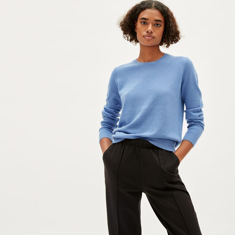 """<p><strong>Everlane</strong></p><p>everlane.com</p><p><a href=""""https://go.redirectingat.com?id=74968X1596630&url=https%3A%2F%2Fwww.everlane.com%2Fproducts%2Fwomens-cashmere-crew-bluebell&sref=https%3A%2F%2Fwww.seventeen.com%2Ffashion%2Fg35089866%2Feverlane-end-of-year-sale-2020%2F"""" rel=""""nofollow noopener"""" target=""""_blank"""" data-ylk=""""slk:SHOP IT"""" class=""""link rapid-noclick-resp"""">SHOP IT </a></p><p><strong><del>$100</del> $70 (30% off)</strong></p><p>A $70 cashmere sweater might seem too good to be true, but thanks to Everlane's sale, it's a reality. Pro tip: Stock up on a variety of colorways before it goes back to its original price.</p>"""