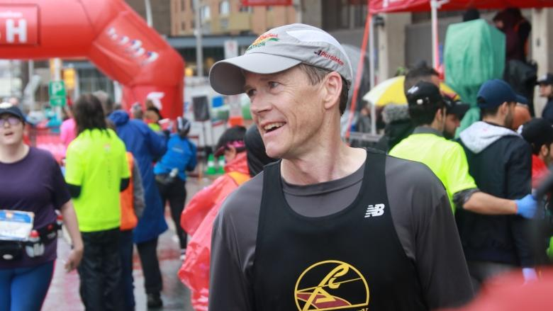 David MacLennan, 54, wins record 5th Blue Nose Marathon