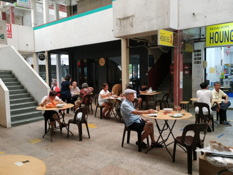 The SOP did not specify if dine-in will be allowed, even though Chief Minister Datuk Seri Hajiji Noor had given the go-ahead from June 29. At the same time, it did not say dine-in is prohibited. — Picture by Julia Chan