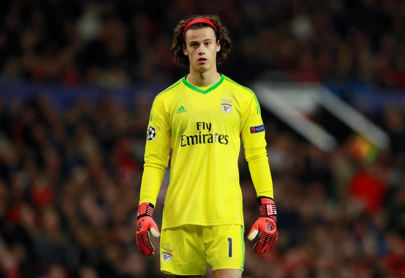 Benfica goalkeeper, three Sporting players test positive for COVID-19