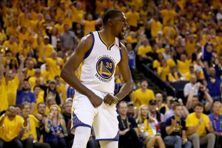 Kevin Durant had 33 points and hit 4 3-pointers Sunday night. (AP)