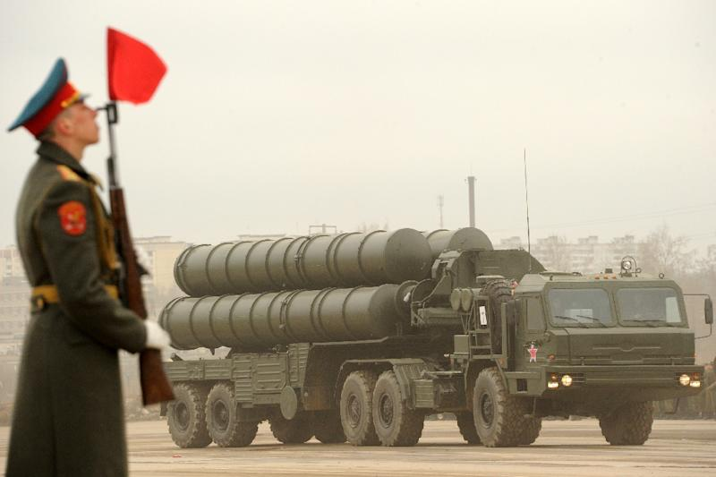 A Russian surface-to-air missile system S-300 PMU2 Favorit is rolled out during a rehearsal of the Victory Day Parade in Alabino, outside Moscow, in 2012