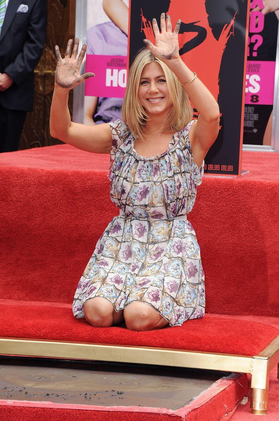 <p>Jen rightfully got her star on the Hollywood Walk of Fame in 2011. Adam Sandler, Kathryn Hahn and Malin Akerman were there to celebrate with her.<br></p>