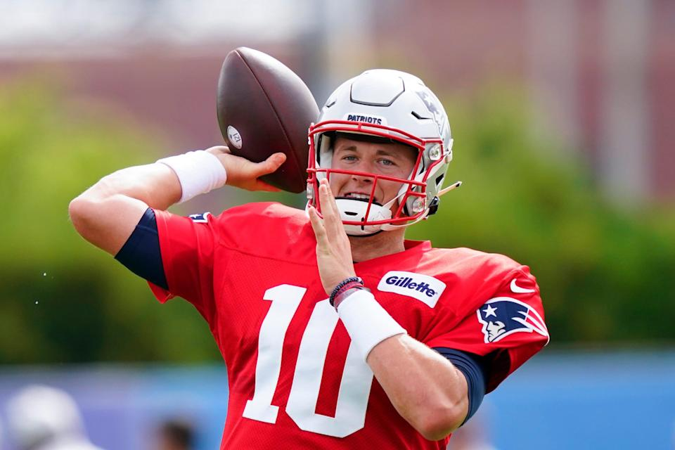 Patriots quarterback Mac Jones throws during a joint practice with the Eagles last week in Philadelphia.